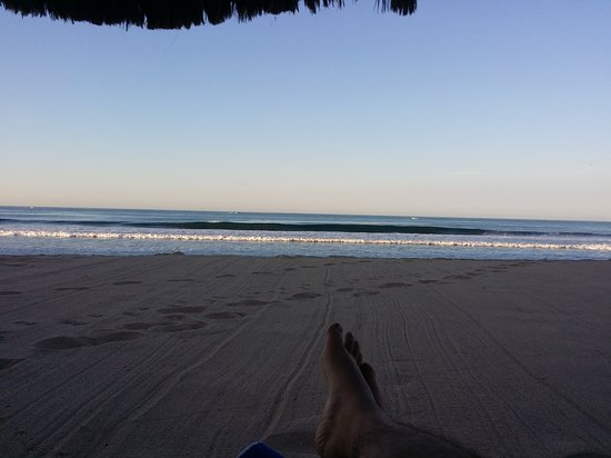 Costa Bonita Condominium & Beach Resort : 20161121_080423_large.jpg