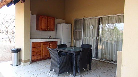 Keuken Met Zithoekje : De keuken met zithoek picture of biyamiti bushveld camp kruger