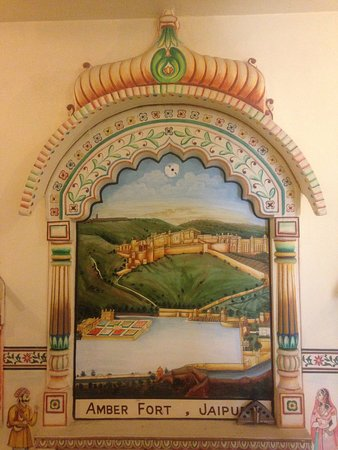 Hotel Baba Haveli: I really loved this painting of Amer Fort, Jaipur in the dining area. : )