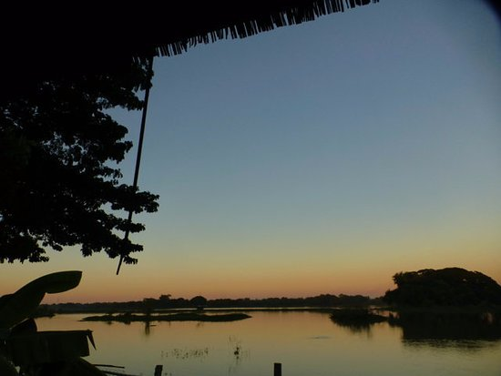 Pleasant Island: Blick auf den See