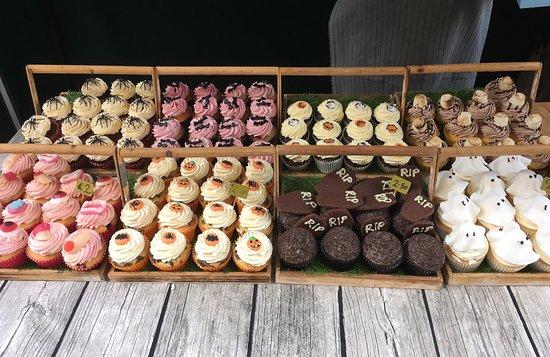The Cupcake Bloke: photo0.jpg