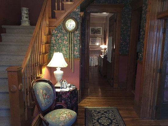 Harrison House Bed & Breakfast: photo1.jpg