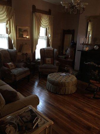 Harrison House Bed & Breakfast: photo2.jpg