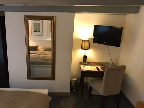 Central Guest Rooms: It's good!!!