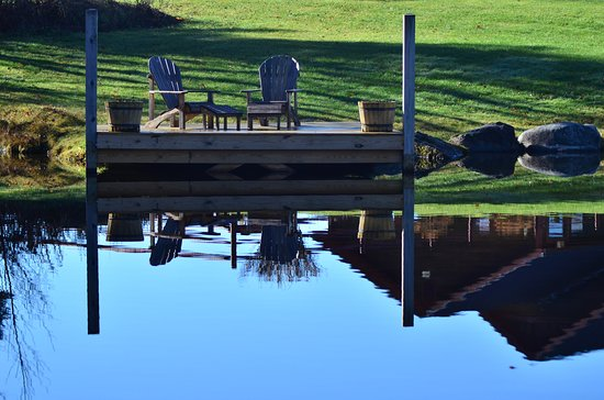 Sterling Ridge Resort: Morning Shadows. This is not a swimming pond, but there is one to swim in on the property.