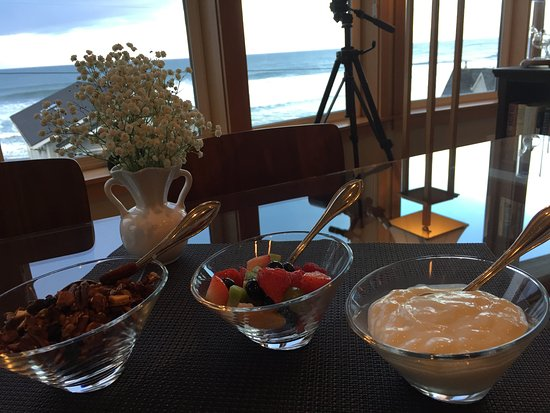 Pana Sea Ah Bed and Breakfast: First course for breakfast