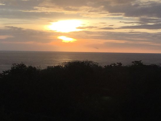 Horizon Ocean View Hotel and Yoga Center: photo0.jpg