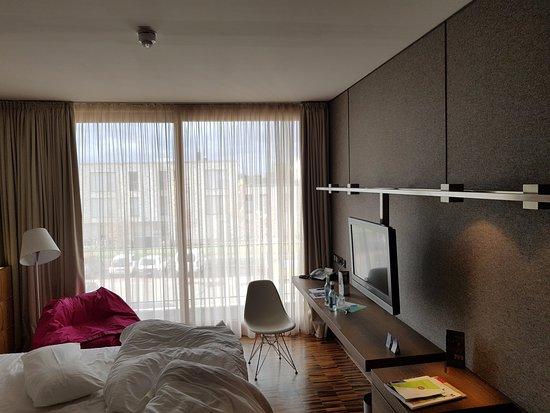 Unser Zimmer mit Doppelbett mit elektrisch einstellbarem