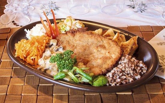 Auberge des trois pignons oncy sur cole restaurant avis num ro de t l phone photos - Cotelette de porc coupe hotel ...