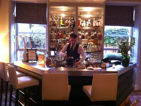 Queensberry Hotel: Bar interieur