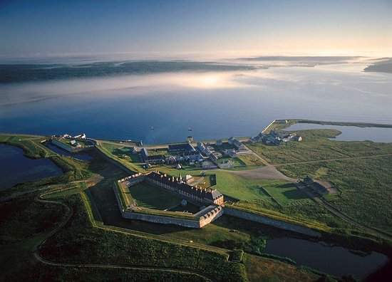 Louisbourg, Kanada: The largest reconstructed site in North America. We are a hidden gem on the Atlantic coast of Ca