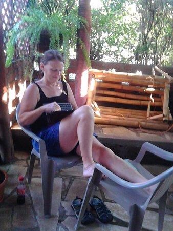Ривас, Никарагуа: Relaxing in patio