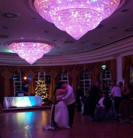 Lucan Spa Hotel: Amazing Ballroom