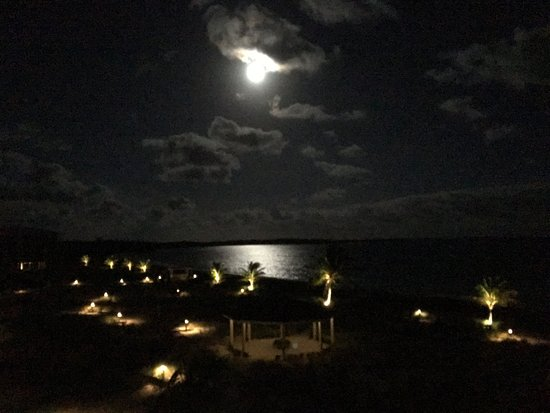 South Caicos: SuperMoon from our room