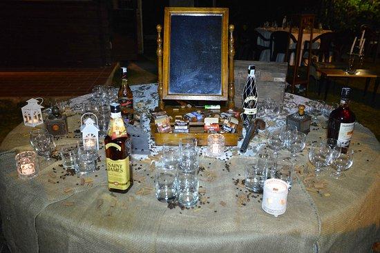 Tocco da Casauria, Italia: sigari e Rum