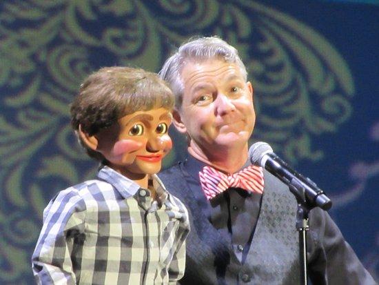 Showboat Branson Belle: Ventriloquist Phil Hughes and Simon