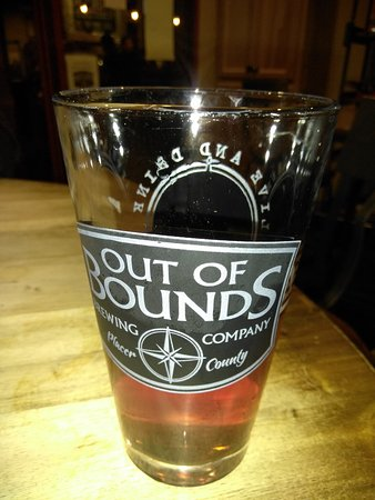 Rocklin, CA: Out of Bounds Brewery