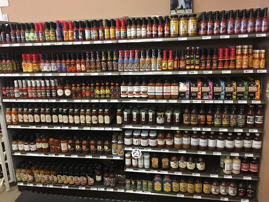 Kenosha, WI: Nice novelty shop, cheese, beer , hot sauce, bar, deli, samples. The habanero ghost pepper chees