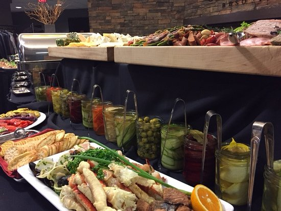Invermere, Canada: Signature Holiday Buffet