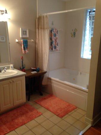Saint Marks, FL: Room 4 bathroom