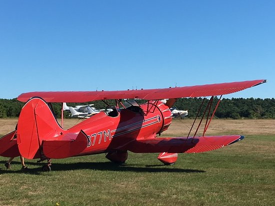 Marstons Mills, MA: The aircraft.