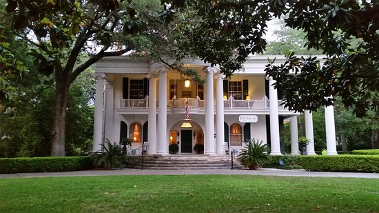 Belle Oaks Inn