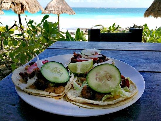 Cabanas Playa Condesa: Tacos crevettes