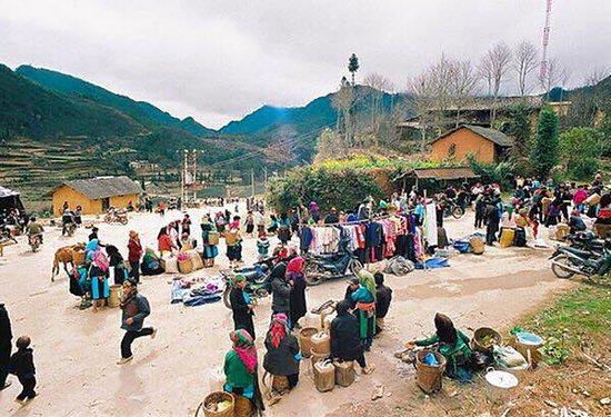 Lai Chau Province, Βιετνάμ: Phiên chợ