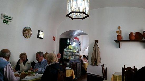 Restaurante A Muralha: Espaço interno