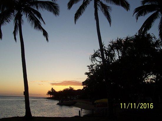 Naviti Resort: Sunset at Naviti