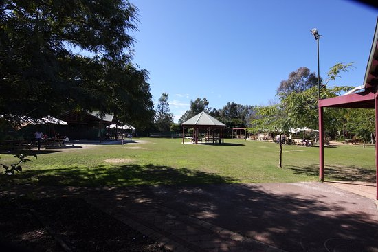 Middle Swan, Australia: Outdoor area for cafe patrons