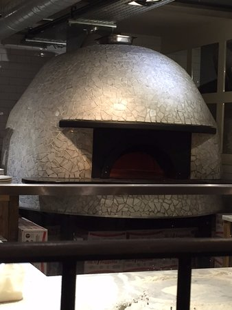 Franco Manca Broadway Market : The pizza oven