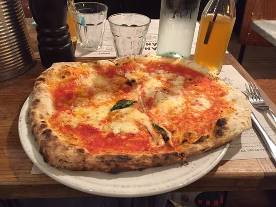 Franco Manca Broadway Market : My pizza