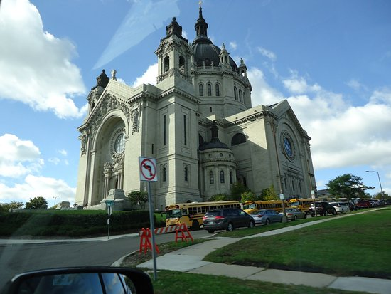 ‪Cathedral of Saint Paul‬