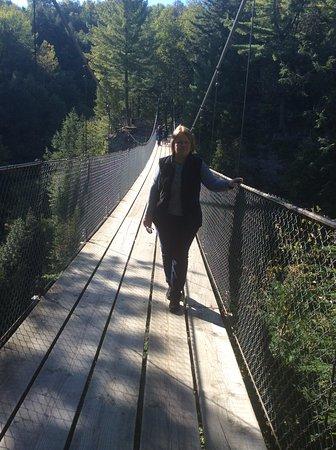 Beaupre, Canada: Переход через мост