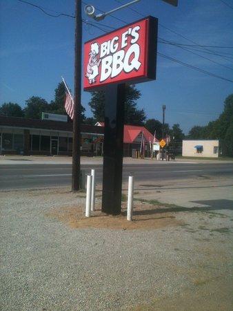 Kennett, MO: Big E's BBQ