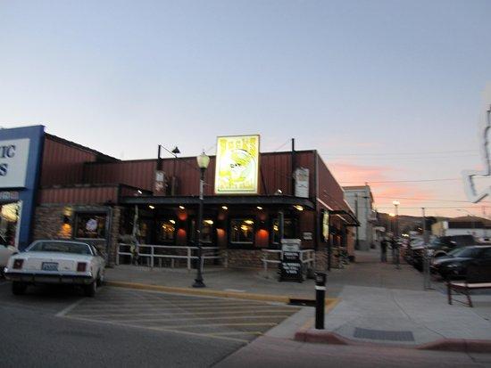 Rawlins, Ουαϊόμινγκ: the restaurant a bit further back