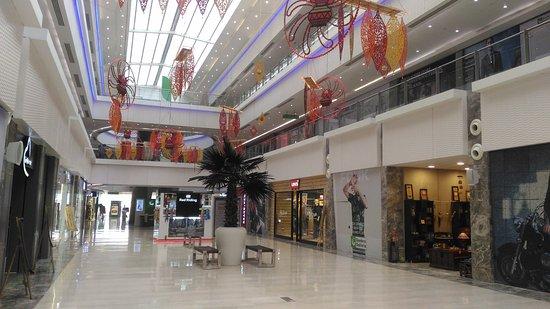 Gardens Galleria Mall 8
