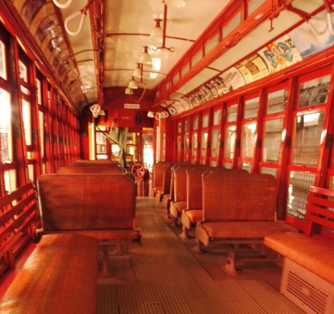 Kennebunkport, ME: Trolley rides available - beautiful restorations and a touch of history