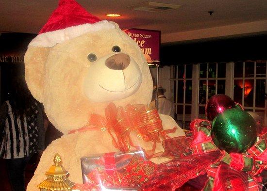 Reno casino christmas decorations liquor licensing gambling sa
