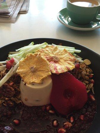 Batehaven, Australien: My yummy granola........