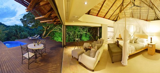 Shamwari Game Reserve Lodges: Eagles Crag Lodge at Shamwari Game Reserve
