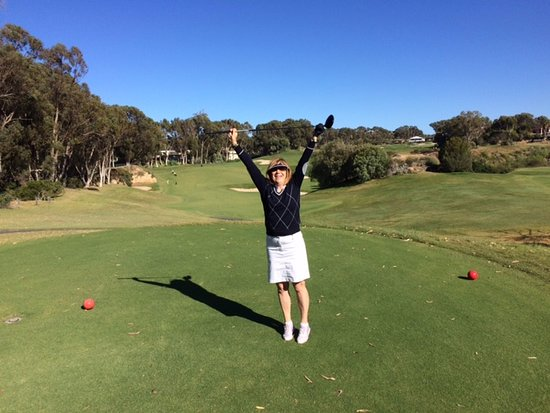 Joondalup Resort: Missed the bunker yay!