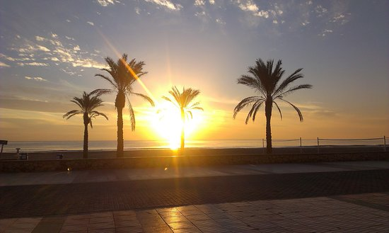 Playa de San Juan: wschód słońca