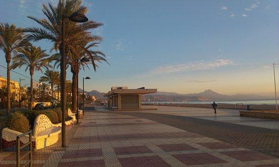 Playa de San Juan: o poranku