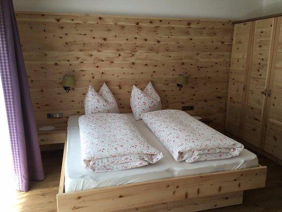 Moso in Passiria, Italia: Zimmer Pension Rosmarie