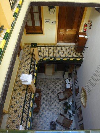 La Casa del Maestro : Hall d'entrée et distribution des chambres.