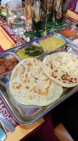 Curry picture of krishna bhavan paris tripadvisor for Krishna bhavan paris