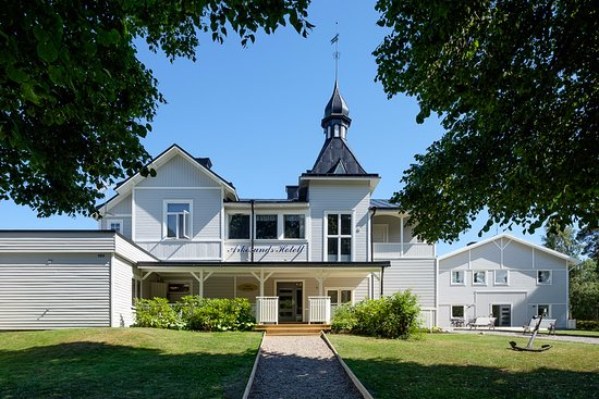 Vikbolandet, Sweden: Welcome to new decorated Arkösunds Hotell