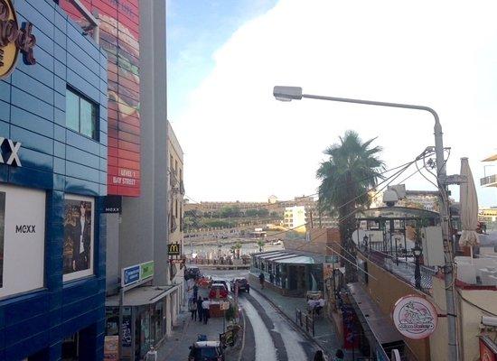 32497de431f8ec BayStreet shopping centre - Picture of Bay Street Shopping Centre ...